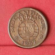 MOZAMBIQUE 50 CENTAVOS 1957 -    KM# 81 - (Nº34323) - Mozambique