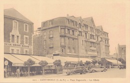 22 - SAINT BRIEUC / PLACE DUGUESCLIN - LES HOTELS - Saint-Brieuc