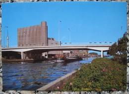 Izegem. Centrale Brug Over Kanaal Roeselare-Leie - Pont Central Sur Le Canal De Roeselare-Leie - Izegem