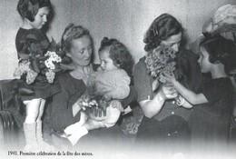 CARTE POSTALE 10CM/15CM (C) DES EDITIONS ATLAS PHOTO ROGER VIOLLET 1941 : LA PREMIERE CELEBRATION DE LA FETE DES MERES - Groupes D'enfants & Familles