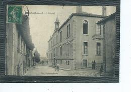 87-ROCHECHOUART-Une Vue Animée De L'Hopital - Rochechouart