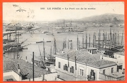 CPA AK Grèce Greece LE PIREE - Le Port (vu De La Sortie) ° Messageries Maritimes ** Harbor Harbour - Greece
