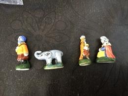 4 Feves Porcelaine Arguydal Avec A Grave 1994 Santons Puces Roi Mage Doré Elephant - Santons