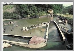 1982  --  CIMETIERE DE PENICHES D ARZVILLER .   3S797  Batellerie - Vieux Papiers