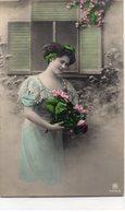 FEMMES 1017 : Bouquet De Roses , édit. R P H 2458/6 - Femmes