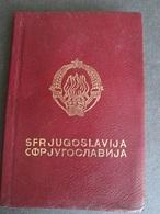 PASSPORT REISEPASS PASSAPORTO PASSEPORT  YUGOSLAVIA 1966/76, FOR FOUR PERSONS - Documentos Históricos