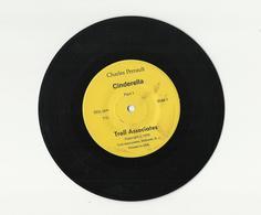 CINDERELLA – CHARLES PERRAULT – TROLL ASSOCIATES RECORDS – VINYL – T15 - 1979 - Children