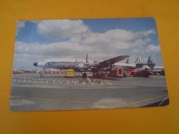Tub Citroen Sur Le Tarmac Avec Un Super Starliner De Air France - Camions & Poids Lourds