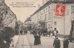 ARNAY-le-DUC (21). Grandes Fêtes Des 14-15-16 Septembre 1912. Rue St-Jacques Et Le Grand Hôtel De La Poste. Voiture - Arnay Le Duc