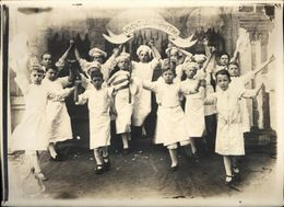 Snapshot Institution Ste Bertulphe Fruges Théatre Ballet Des Marmitons 1900 - Personnes Anonymes