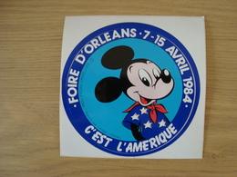 AUTOCOLLANT FOIRE D'ORLEANS 7-15 AVRIL 1984 C'EST L'AMERIQUE - Stickers