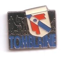 VF02 Pin's TOMBLAINE MEURTHE MOSELLE écusson Blason Bonnet Phrygien Achat Immédiat - Villes