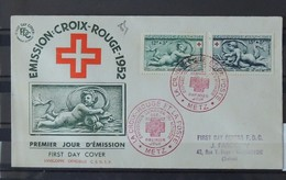 03 - 20 //  FDC - Croix Rouge De 1952 - Oblitération De Metz - Cote : 25 Euros - France
