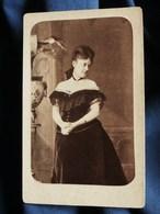 Photo CDV Walery à Paris - Jeune Femme Robe épaules Dénudées, Demi-mondaine ? Vers 1875 L301 - Fotos
