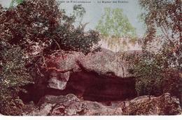 CPA 77 - Forêt De FONTAINEBLEAU - Le Rocher Des Ermites - Fontainebleau