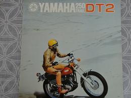 PUBLICITE PROSPECTUS 4 PAGES MOTO YAMAHA 250 TRAIL DT2 MOTO NANTES 24  X 21 CM - Advertising