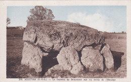PJ  - Alluyes - Le Dolmen De Beaumont Sur Les Bords De L'Ozanne - Otros Municipios