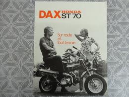 PUBLICITE PROSPECTUS  MOTO DAX HONDA ST 70    27 X 21 CM - Advertising