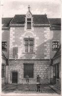 CPA DE CHARTRES  (EURE & LOIR)  LA MAISON DU DOCTEUR CHESNEL. RUE DES GRENETS - Chartres