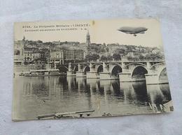 """Le  Ballon Dirigeable Militaire """"Liberté"""" Au Dessus De Saint-Cloud - Dirigeables"""
