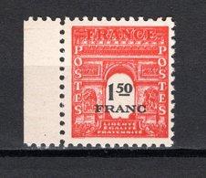 FRANCE  N° 708 IMPRESSION DOUBLE  NEUF SANS CHARNIERE  COTE  85.00€    ARC DE TRIOMPHE - 1944-45 Arc De Triomphe