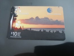 SOLOMON ISLANDS $ 10  C&W  BEACH     Fine Used    **945** - Isole Salomon