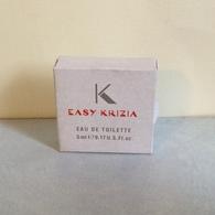 """Miniature """"K  EASY  """" De  KRIZIA  Eau De Toilette  5 Ml Dans Sa Boite - Miniatures Femmes (avec Boite)"""