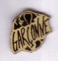 GP180 Pin's PARFUM GARÇONNE Marionnaud Perfume Achat Immédiat - Parfums