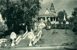 Cambodge Phnom Penh La Pagode Du Phnom  Magnifique Photo-carte Postale Hoa Gui 1948 - Cambodja