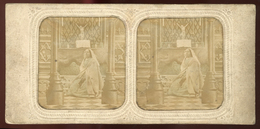 Hold-to-light Stereoview - Lady Worshiping - Visionneuses Stéréoscopiques