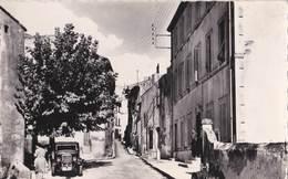CPSM /   Ceyreste  (13) Rue Louis Auvellier    ....  Voiture      Ed  Vassal Puget / Argens - Andere Gemeenten