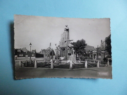 LENS  -  62  -  Le Monument Aux Morts  -  Pas De Calais - Lens