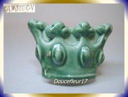 Clamecy ... Couronne En Fête N°3 Vert Bouteille ... Ref AFF : 50-2011.. ( Tiroir 2011) - Oude