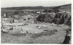 Luxembourg - Gilsdorf / Bettendorf - Les Carrieres Broderbour Vers 1942 - Edit.Nic Sibenaler , Luxbg - 2 Scans - Cartes Postales