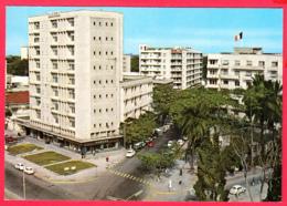 ZAÏRE- CONGO  Kinshasa -vue Sur Le Boulevard Du 30 Juin  Et L'Ambassade De France *2 SCANS *** - Kinshasa - Leopoldville