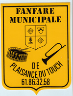 Autocollant    FANFARE  MUNICIPALE  DE PLAISANCE DU TOUCH - Stickers
