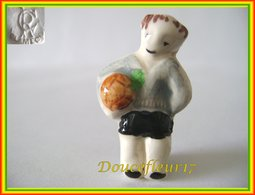 Clamecy .. Football ... N°5 Arbitre Pochette Verte... Ref AFF : 38-1998 ..(boite2) - Oude
