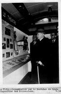 (71) Photo Originale Vichy Marechal Petain Inauguration Du Train Expo Des Prisonniers Photo De Presse 18X13cm(bon état) - Vichy