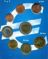 5743 - MONACO - KMS 2002 Mit 10, 20 Und 50 Cent Und 1 + 2 Euro, Zusätzlich Kleinmünzen Aus Frankreich - Monaco