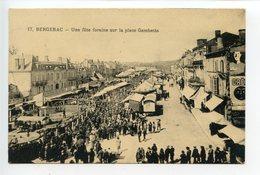 Bergerac Une Fête Foraine Sur La Place Gambetta - Bergerac