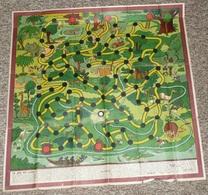 A Voir Rare Piste De Jeu Ancienne, Illustrée Par ERIK, Le Jeu Du Lion, Années 1940's, Pirogue Afrique Colons, Règles - Jeux De Société