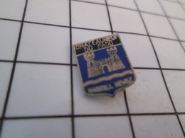 613e Pin's Pins / Beau Et Rare / THEME : VILLES / BLASON ECUSSON ARMOIRIES BRETAGNE CHATEAUNEUF DU FAOU - Villes
