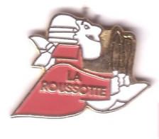 F190 Pin's Restaurant La Roussotte LERY Cote D'Or Bourgogne Couteau Fourchette Achat Immédiat Immédiat - Villes