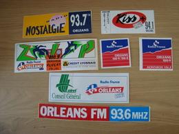 LOT DE 7 AUTOCOLLANTS  RADIO KISS + ORLEANS FM RADIO FRANCE - Aufkleber