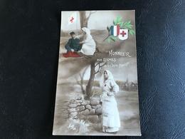 553 - HONNEUR Aux DAMES De La Croix Rouge - 1915 - Patriotiques