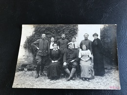 Carte Photo 4 Soldats (23e R.I Un Médailler Croix De Guerre) & 5 Femmes (infirmieres ?) - Guerre 1914-18