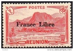 Réunion N° 204 ** Vue -> Salazie, Mare Aux Poules D'eau Et Piton D'Auchain - 1f Rouge - Surchargée France Libre - Réunion (1852-1975)
