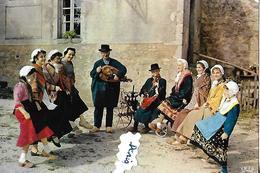 CPSM    Instruments De Musique MORVAN  Costumes Vielle  Lit Amoureux - Musique
