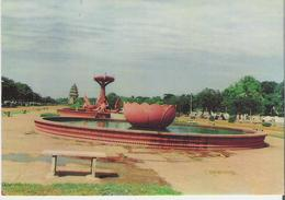 CAMBODGE. CP Phnom Penh Le Jardin Publique - Cambodia