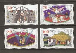 Cirque - Série Complère MNH - Clown - Ecuyère - Eléphants - Chapiteau - Vrac (max 999 Timbres)